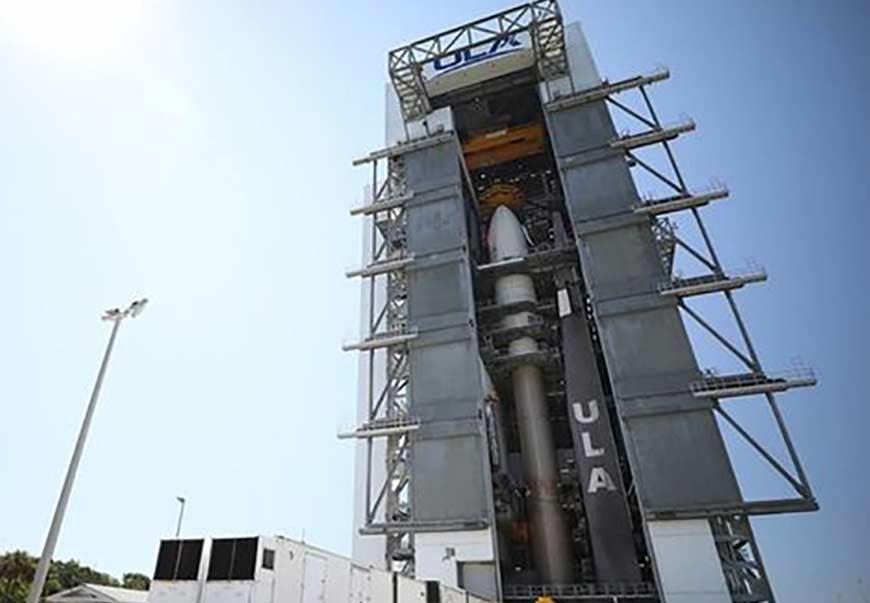 هواپیمای فضایی مرموز X-37B آمریکا به فضا پرتاب شد